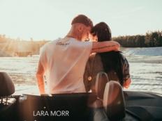 Lara Morr - Letíme preč