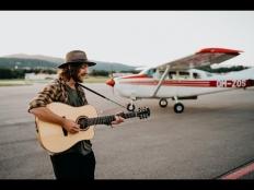 Peter Juhás - ''Mávam'' (official music video)