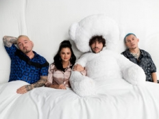 Benny Blanco & Tainy & Selena Gomez & J. Balvin - I Can't Get Enough