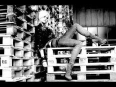 Pixie Lott - Can't Make This Over