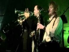 Lucie - Troubit na trumpety by se nám líbilo