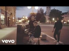 Zkouším žít (Acoustic) - Poetika
