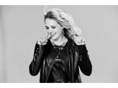 Lucie Vondráčková - Ty jsi ten nej (Simply the best)