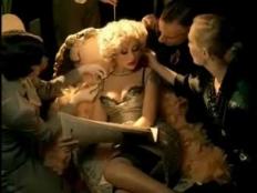 Christina Aguilera feat. Nicki Minaj - Woohoo