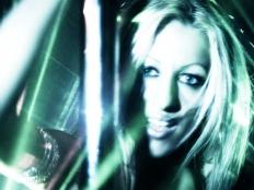 Karolina Dawn - Make Us High