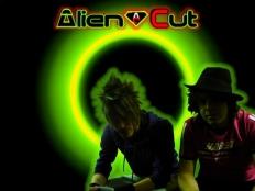 Alien Cut & Dino Brown feat. Vivian B - Party Time